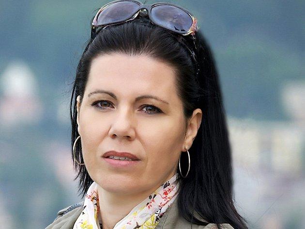 Alena Remešová, pořadatelka ústeckého finále soutěže talentu a krásy pro dívky od 14 do 16 let.