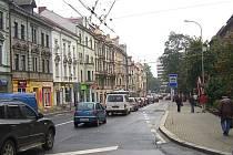 Opravy  silnic způsobují kolony v centru města. Masarykova ulice