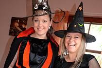 V cukrárně U Jenčů v Doběticích si daly dostaveníčko čarodějnice.