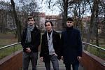 Gymnazista Matyáš Adam Michel společně s dvěma kolegy Josefem Procházkou a Samuelem Kubcem.