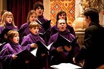Pět koled si ve středu 12. prosince spolu s Davidem Deylem a Ústeckým dětským sborem zazpíváme v kostele. Ilustrační foto.