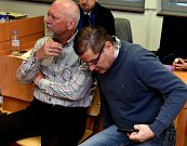 Pavel Kouda a Petr Kušnierz u ústeckého soudu.