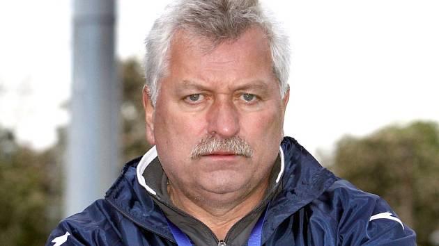 Trenér Army Petr Němec.