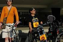 Cyklisté před magistrátem protestovali pro lepší podmínky