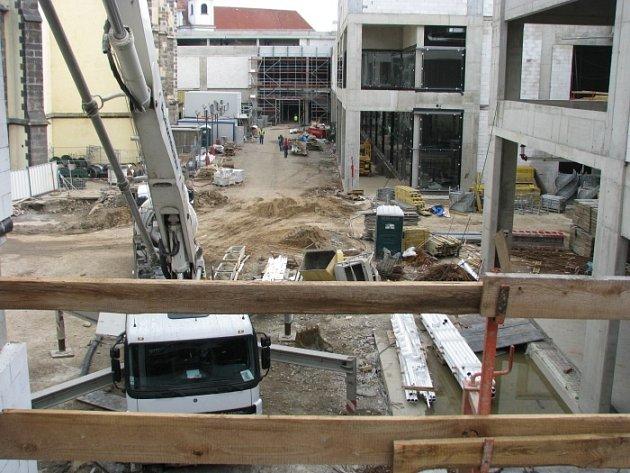 Hrubá stavba projektu Forum byla dokončena.