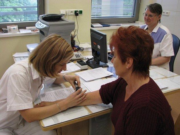 Vyšetření melanomu a Masarykovo nemocnici.