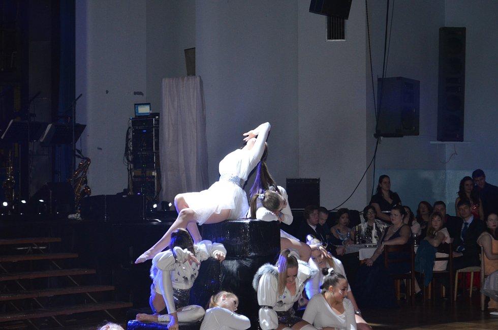 Reprezentační ples UJEP 2017