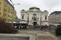 Ústí nad Labem - pohled na divadlo