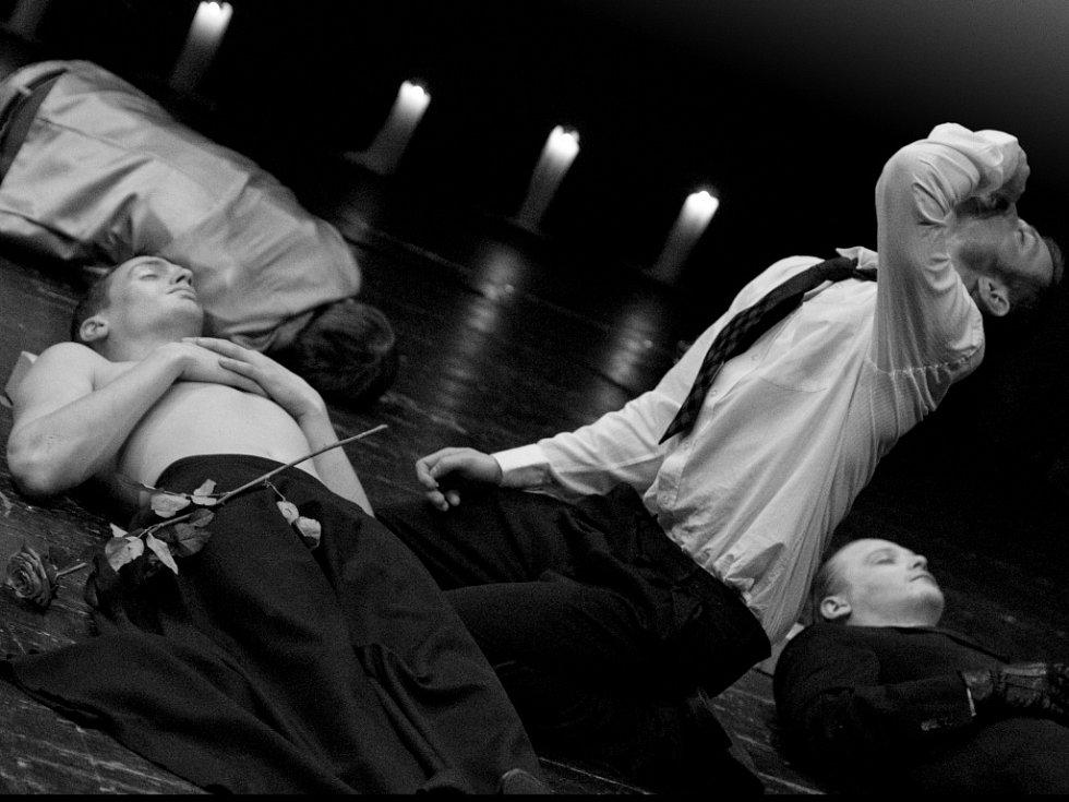 Romeo a Julie, poslední hra, kterou ústecké Činoherní studio uvede v pátek 31. ledna 2014.