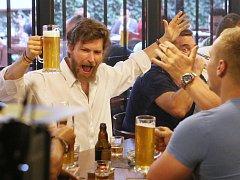 V ústecké restauraci Na rychtě se natáčí film Úsměvy smutných mužů podle knihy Josefa Formánka.
