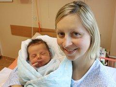 Václav Hampejs se narodil Vendule Hampejsové z Teplic 24. listopadu v 14.10 hod. v ústecké porodnici. Měřil 50 cm a vážil 3,85 kg