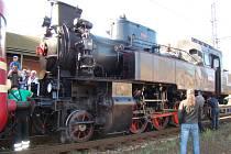 Lokomotivy a hnací vozidla mají svá jména - Velkej bejček.