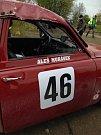 Při veteránské Rallye Praha Revival převrátil Pavel Paulík svého SAABa.