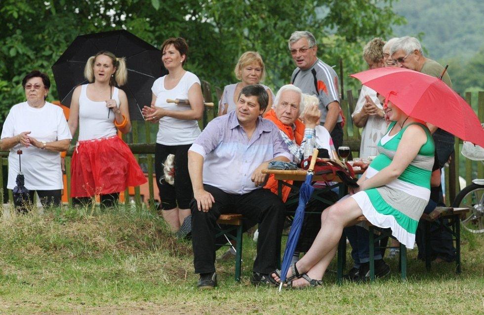Moravanští bavili celou vesnici.