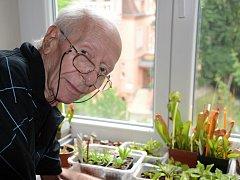 O své rostliny se Bohdan Hiekisch pravidelně s láskou stará.