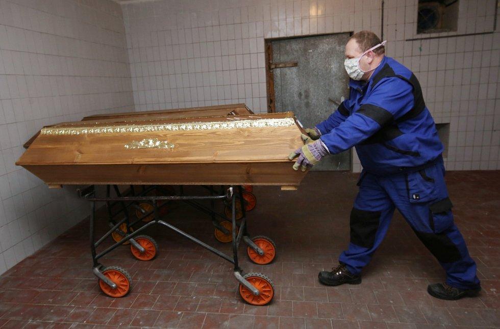 V krematoriu na ústeckém Střekově pracuje také Jiří Krupa