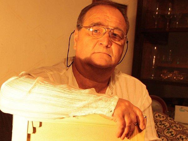 Ruský malíř žijící vÚstí nad Labem Gennadij Avdějev.