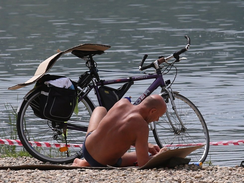 Horké dny přilákaly na Miladu řadu lidí.