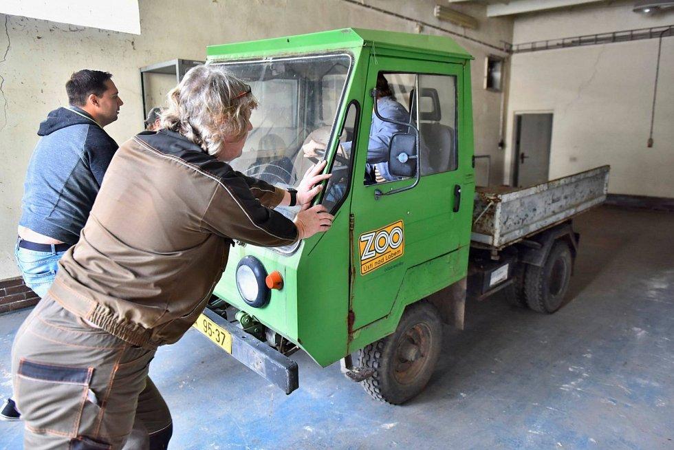 Muzeum získalo filmovou multikáru zústecké zoo