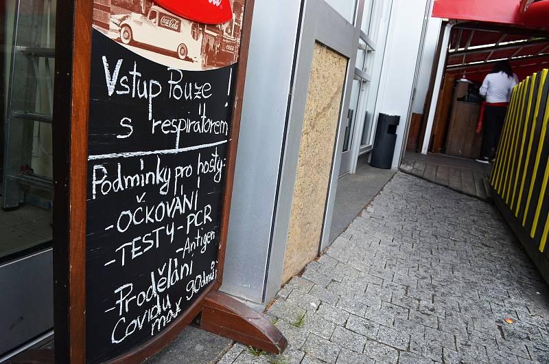 Restaurace Pepe Lopez na Mírovém náměstí.