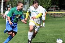 Fotbalisté Svádova B (bílé dresy) doma podlehli béčku Chabařovic 1:6.