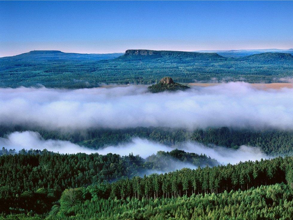 Stolové hory s mlhou.