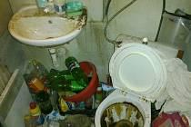 Boris Rudý uveřejnil snímky z bytu v Předlicích, který mu nájemníci předali v dezolátním stavu.