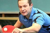 Tradiční oporou stolních tenistů Slavoje byl Tomáš Kabelka.