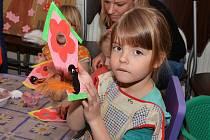 Alena Hechterová připravila v cukrárně v Doběticích pěkný program pro děti
