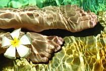 Nepříjemný odér nohou je hrozbou všech návštěv a narušitel dobrých vztahů...