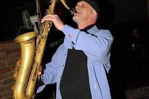 Štěpán Markovič (saxofon, SR).