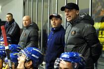 Příliš radosti si na střídačce Ústeckých Lvů neužil v derby s Kadaní trenér Miloslav Hořava, když jeho svěřenci soupeři nakonec podlehli 1:2.