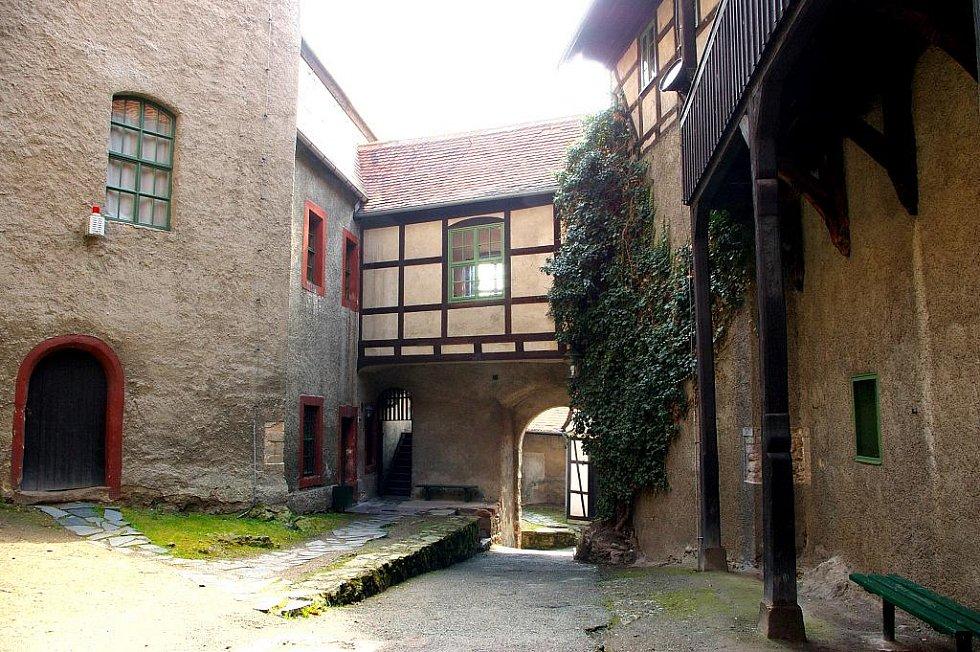 Hrad byl založen po roce 1180 při osídlení východních oblastí říše císařem Bedřichem Rudovousem.