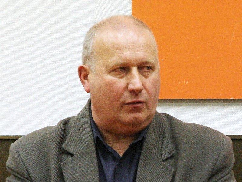 Lídr komunistů Oldřich Bubeníček.