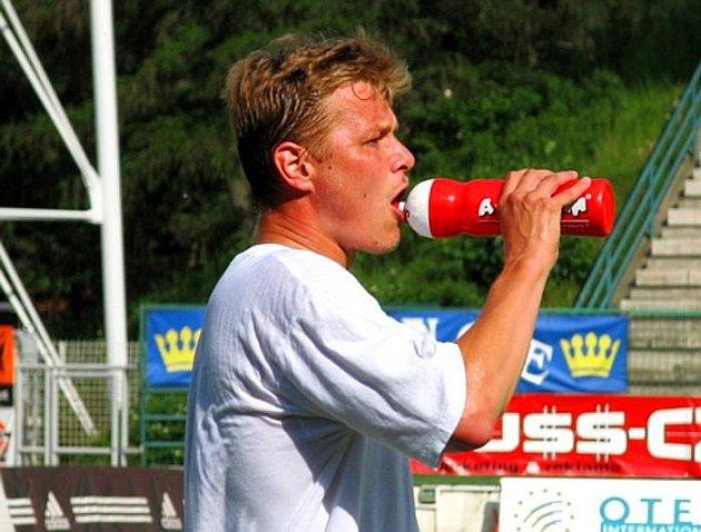 Bývalý stoper fotbalistů Ústí nad Labem a ŘEZUZ Děčín se nyní vrací do krajského města, kde bude od nové sezony trénovat hráče Neštěmic, jenž hrají krajský přebor.