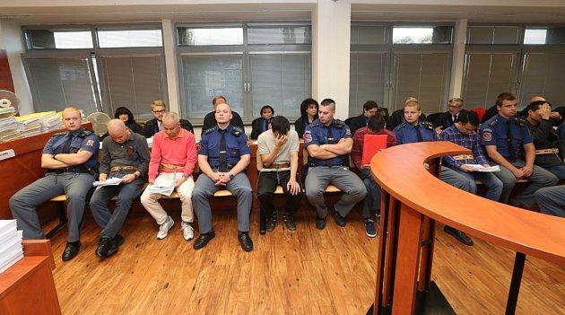 Soud se 14členy vietnamsko-českého drogového gangu.