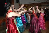 Maturitní ples střední školy Trmice, obor Peněžní maniupulant.