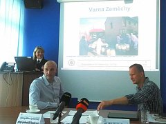 Novým šéfem specializovaného TOXI týmu, který se v Ústeckém kraji zaměřuje na boj proti drogám, je Milan Rychnovský (vlevo).