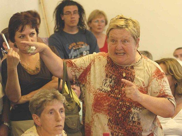 Anna Černá nesouhlasí s prodejem bytů za vysoké ceny