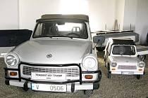 Přípravy na otevření originálního muzea finišují. Již 28. září představí veřejnosti motorová vozidla, která brázdila naše silnice v dobách komunistického režimu.