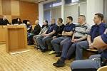 Obžalovaní Litevci u soudu v Ústí nad Labem. Archivní foto