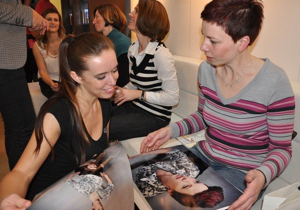 Z profesionálních fotek se těšila i Alice Kantoříková.