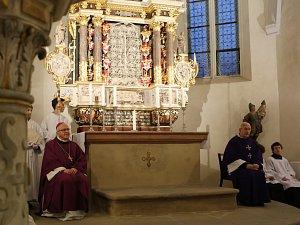 Kostel sv. Floriána v Krásném Březně na archivních snímcích