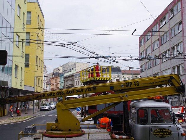 Trolejbusy jsou kvůli stavbě obratiště v centru města a točny na Severní Terase odstaveny do 28. července.