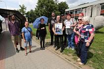 Vrah zaslouží tvrdý trest, shodli se lidé před Krajským soudem v Ústí