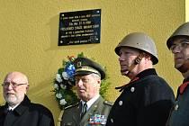 Uctění památky příslušníkům Stráže obrany státu.
