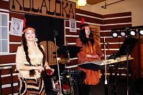 V Řehlovicích U Lípy tanečníky pobavil pátý ročník retroplesu ve westernovém stylu.