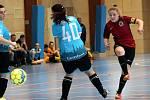 Arma Women Cup - mezinárodní fotbalový turnaj žen v Ústí n/L. Utkání Praguer Raptors (modré) - Sparta Praha A (červené)..