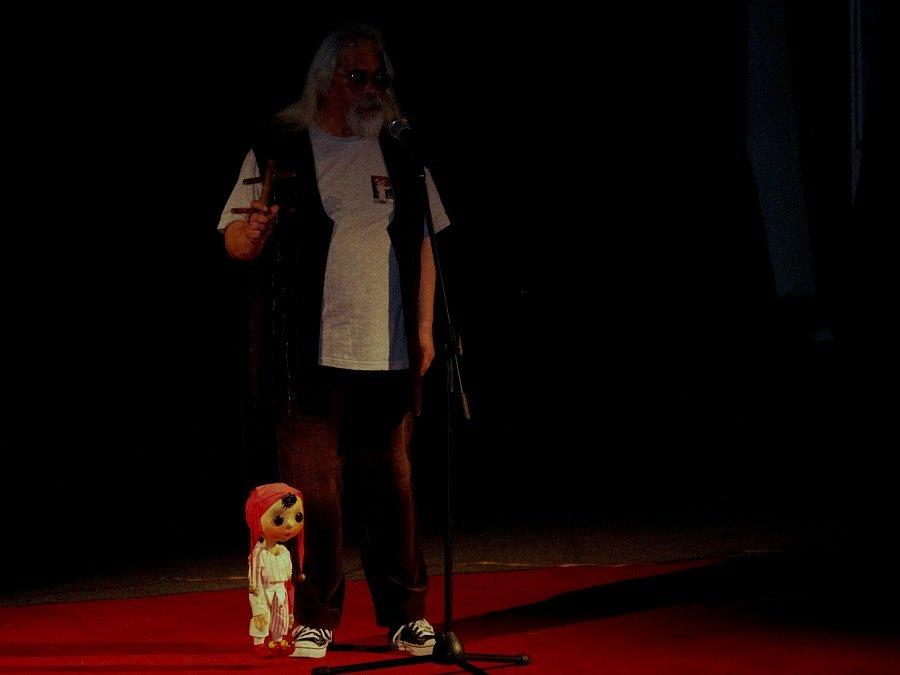 Divadlo Spejbla a Hurvínka bavilo na Den dětí Ústečany v domu kultury.