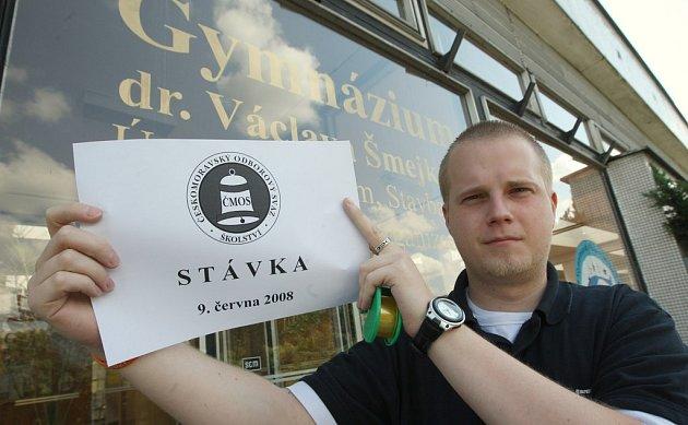 Radek Rybář z Gymnázia dr. Šmejkala se podobně jako jeho kolegové chystá na stávku.